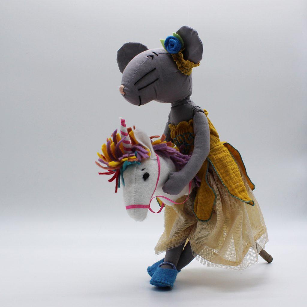 Babette la princesse à licorne