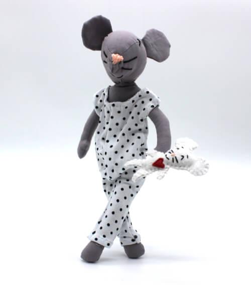 moustachette grainedaby poupée souris doudou fait main pyjama pois